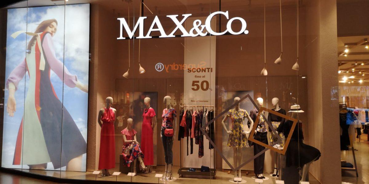 MAX&Co. SALES