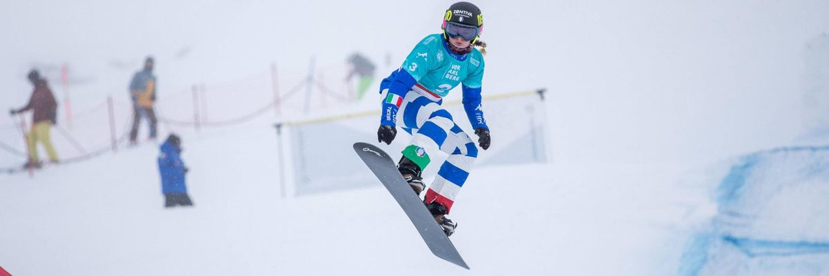 SNOWBOARD CROSS